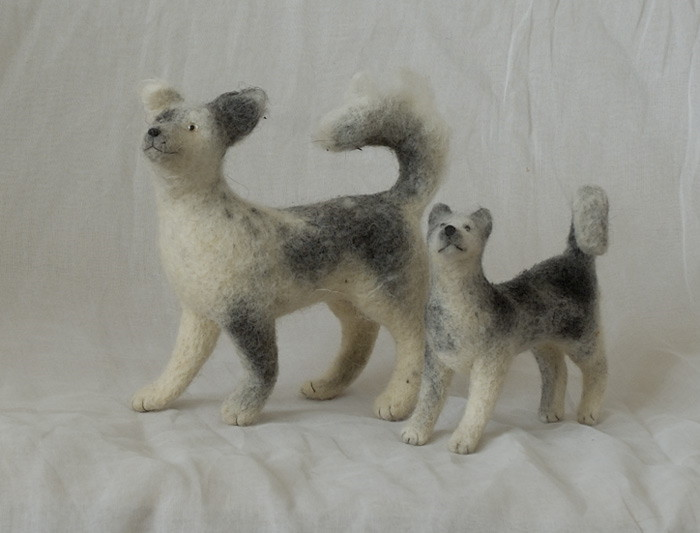 two needle-felted dogs