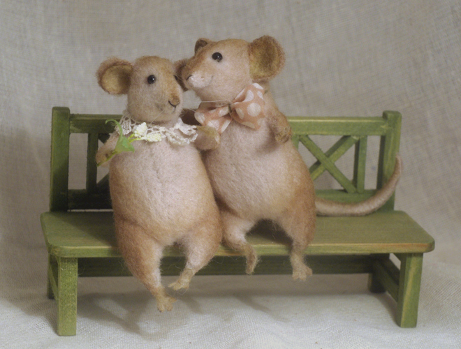 mice on a bench