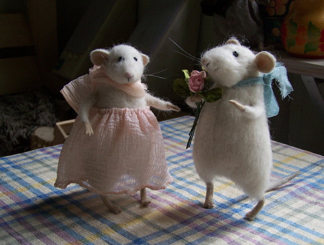 romantic mice