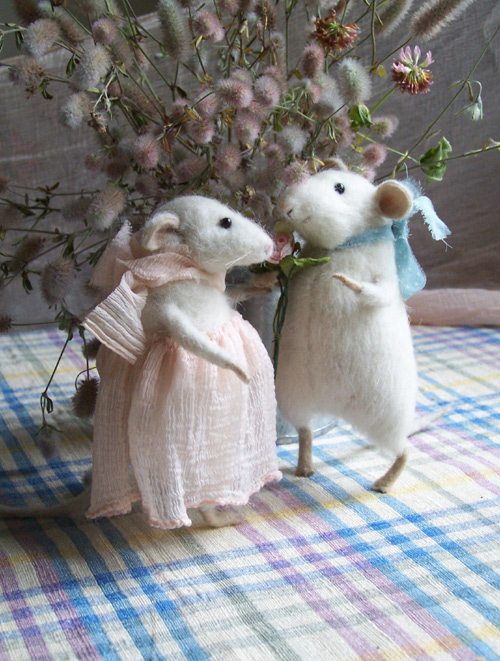 romantic mice 2