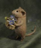 mouse with a basket