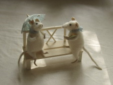 """rendezvous - mice on bench"""
